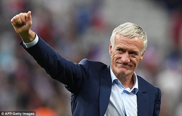 http://www.gudoball.com/wp-content/uploads/2018/04/45DF831400000578-5036117-Didier_Deschamps_extends_his_contract_as_France_head_coach_until-a-1_1509467513170.jpg
