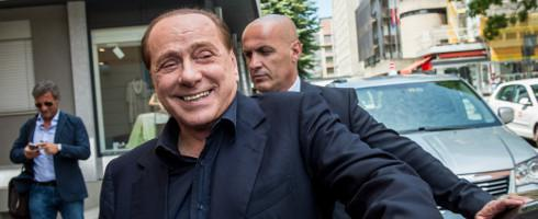 http://www.gudoball.com/wp-content/uploads/2018/04/berlusconi-laugh-490epa_17_6.jpg